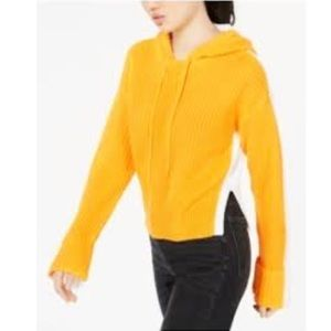 Golden Touch Juniors' Chunky Knit Cropped Hoodie